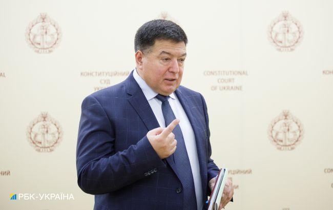 Веніславський вважає, що відсторонення голови КСУ потрібно продовжити