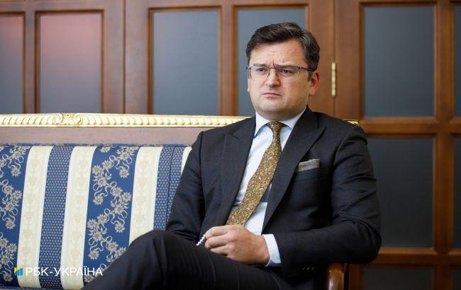 Кулеба про переговори в ТКГ: процес здається театром абсурду