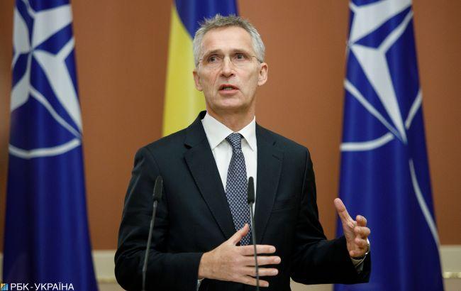 """Столтенберг призвал членов НАТО увеличивать расходы на оборону из-за """"агрессивных действий"""" РФ"""