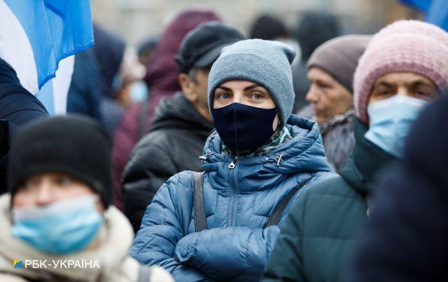 В Украине 4 182 новых случая коронавируса