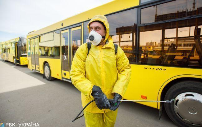 Киев останавливает пассажирские перевозки, - Аваков