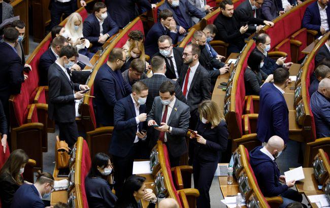 Три фракції вимагають терміново розглянути законопроект про заборону імпорту струму з РФ та Білорусі