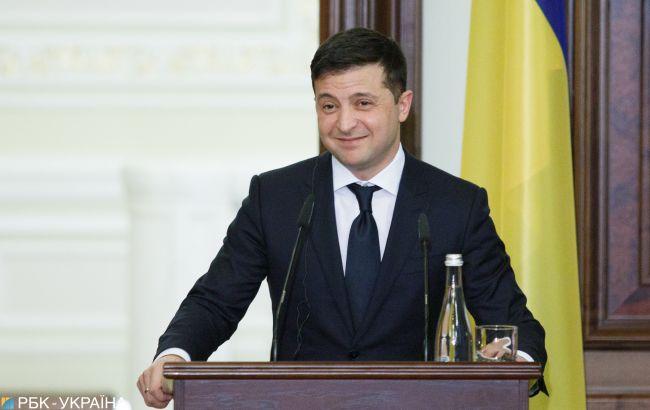 Зеленський привітав Байдена з перемогою