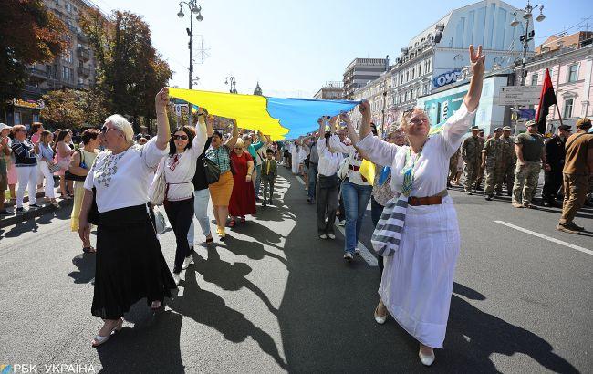 Українців очікують затяжні вихідні в серпні: скільки відпочиватимемо