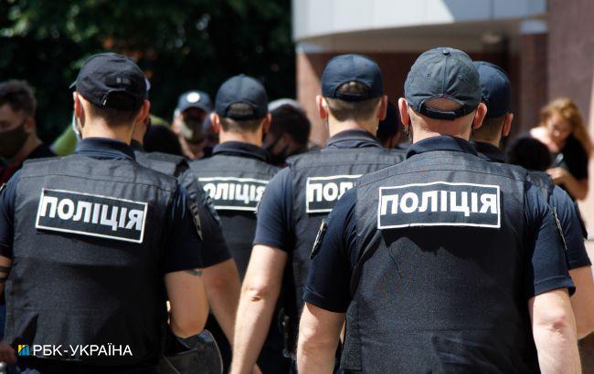 Нападавшим на избирком в Винницкой области сообщили о подозрении