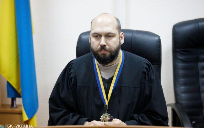 Іменем України: як скандальні судді повертаються на посади