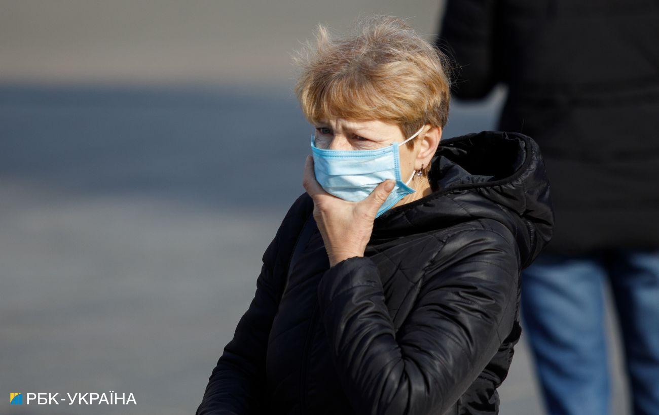 COVID-статистика ухудшается: в Украине 12 162 новых заражения