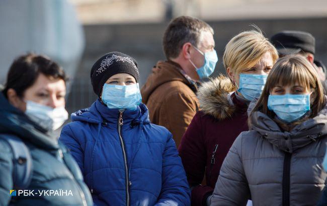Украинцы ухудшили оценку действий властей в борьбе с коронавирусом