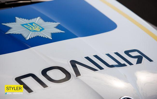 """Под Киевом мужчина выдумал историю о домашнем насилии, чтобы """"копы"""" подбросили домой"""