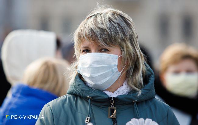 В Украине более 12 000 новых случаев COVID. Сделали еще 4 000 прививок