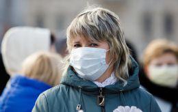 Пик, плато, падение. Когда ослабнет эпидемия коронавируса в Украине