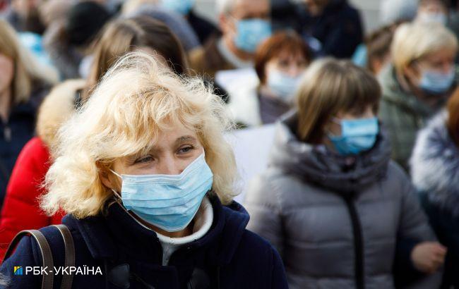 Уровень COVID-заболеваемости превышен почти во всех областях Украины