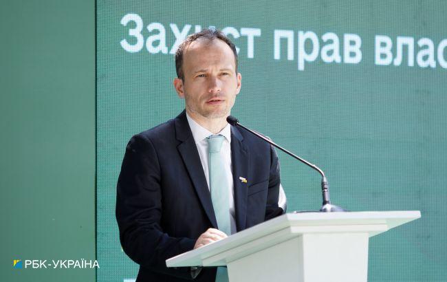 Минюст: принятие закона об олигархах хотят затянуть до следующих выборов
