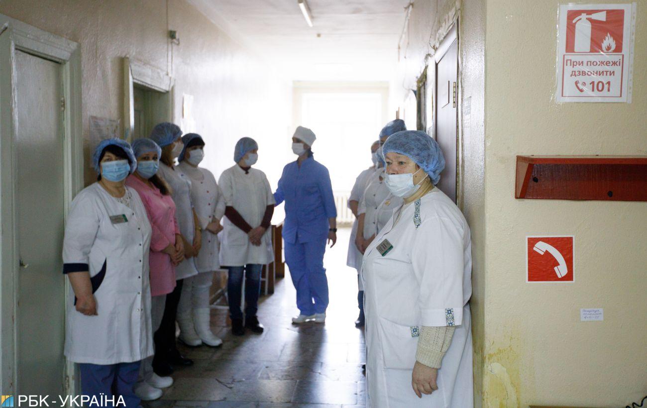 В Украине коронавирусом заболело более 4 тысяч медиков, - Степанов
