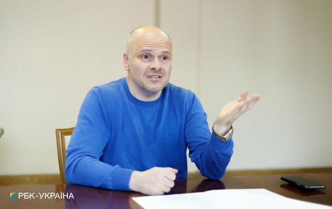 Украина будет вынуждена ввести ограничения для невакцинированных, - Радуцкий