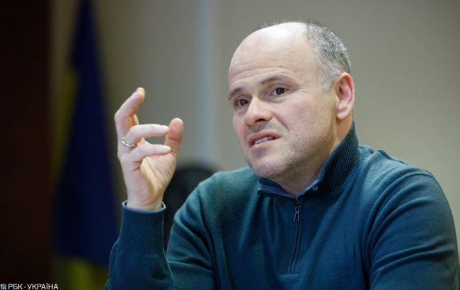 У Раді розповіли про станпершого зараженого коронавірусом в Україні