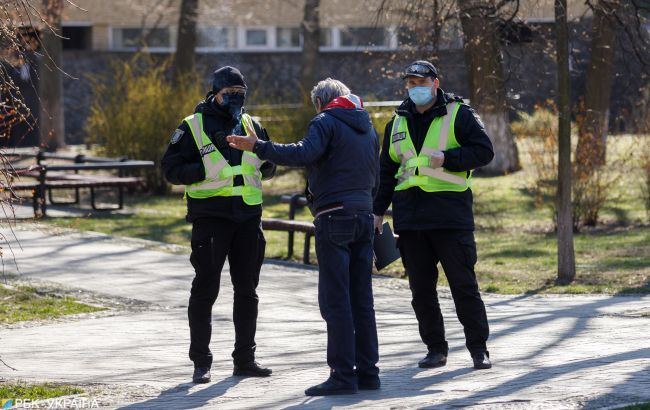 Маски в парках: будет ли полиция штрафовать нарушителей