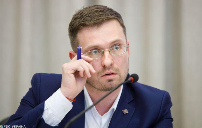 В Україні будуть проводити вакцинацію проти COVID-19 за двома сценаріями