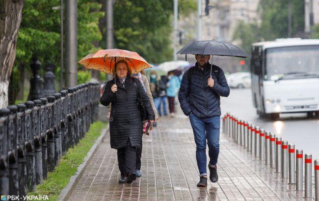 Дощі повертаються: які області України буде знову заливати