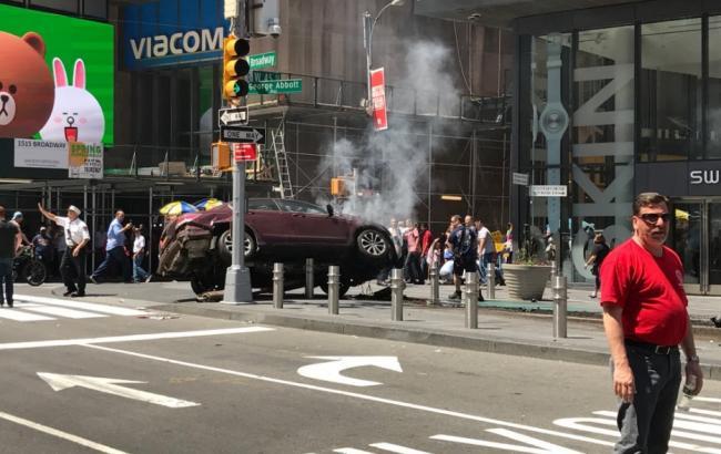 Фото: наезд на толпу в Нью-Йорке