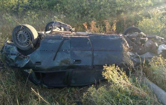 У Луганській області неповнолітній водій влаштував смертельну ДТП