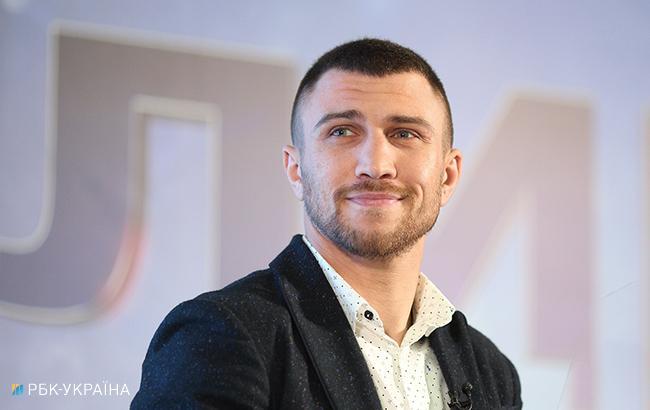 """Известный боксер пообещал """"сломать ногу об задницу"""" Ломаченко (видео)"""
