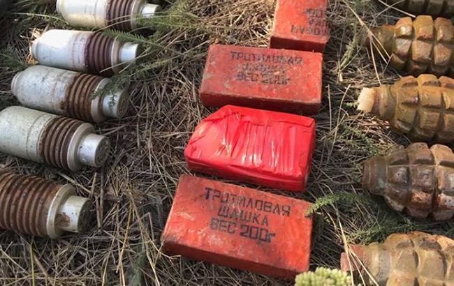 В Луганской области обнаружили тайник с боеприпасами