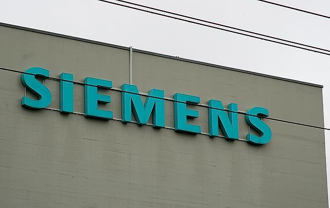 ВSiemens отказались объяснять сообщения окадровых перестановках