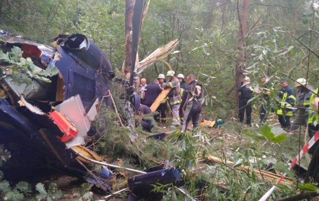 За фактом падіння вертольота в Києві відкрили кримінальне провадження