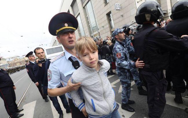 Bildergebnis für На акциях протеста по всей РФ задержали 839 человек