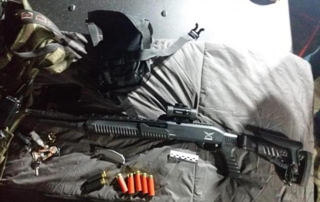 Фото: вилучена зброя (facebook.com/LlutsenkoYuri)