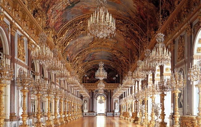 Версаль відкриває знамениту Дзеркальну галерею