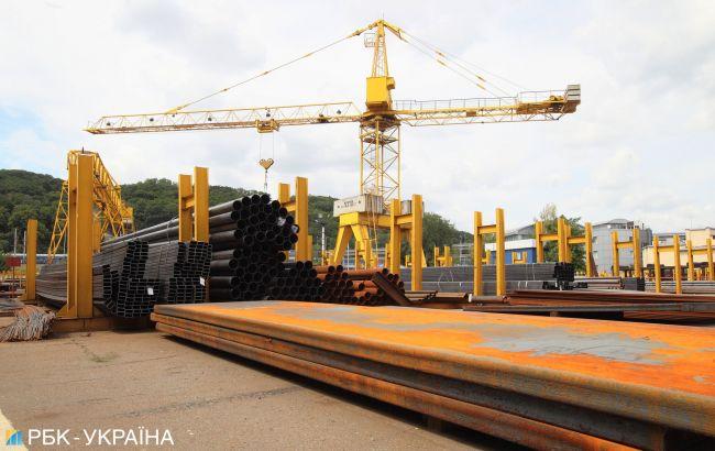 Падение в базовых отраслях экономики Украины замедлилось почти в 2 раза