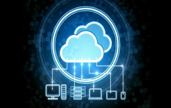 Фото: світові витрати на хмарні технології зростають (pcmag.com)