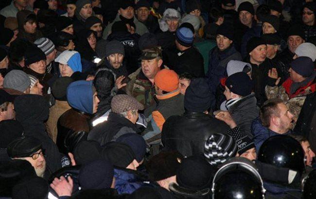 Фото: штурм парламенту в Молдові
