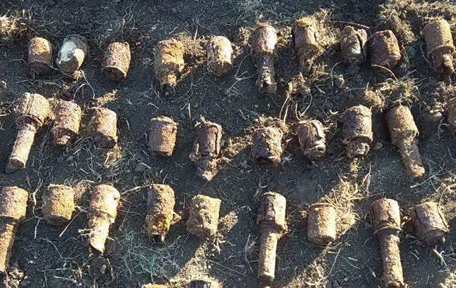 В Харьковской обл. во дворе частного дома нашли более 200 снарядов времен Второй мировой войны
