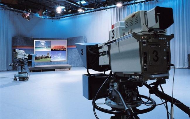 Порошенко запропонував ввести квоти на українську мову на телебаченні
