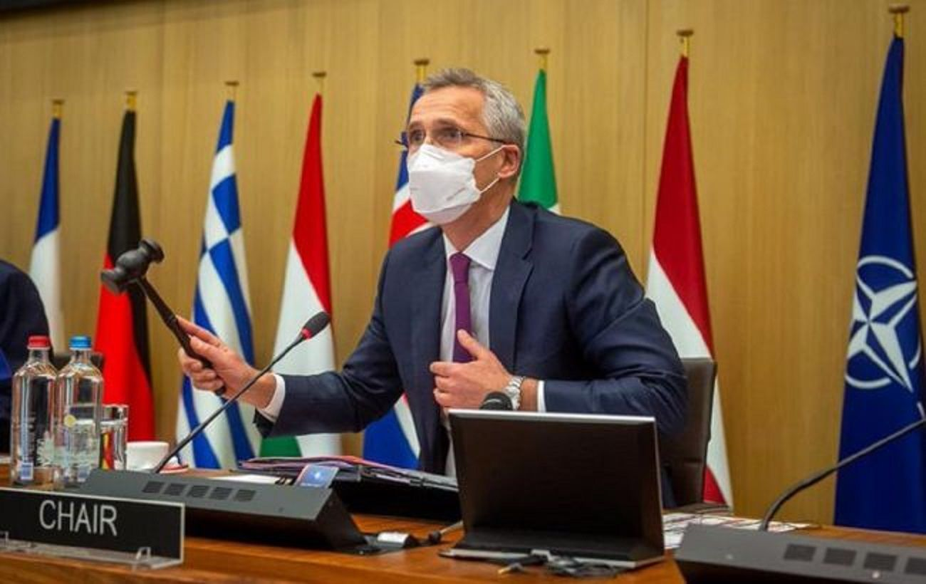 Столтенберг обсудил с Зеленским предстоящий саммит НАТО
