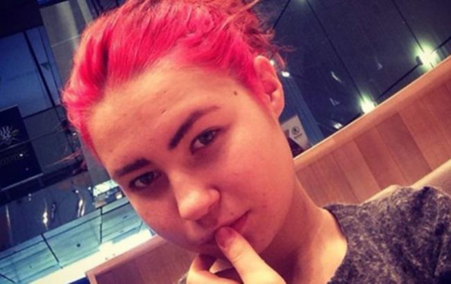 Стала відома доля зниклої в Києві школярки з рожевими волоссям