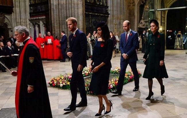 Принци Вільям і Гаррі з дружинами відвідали службу в честь 100-річчя закінчення Першої світової війни
