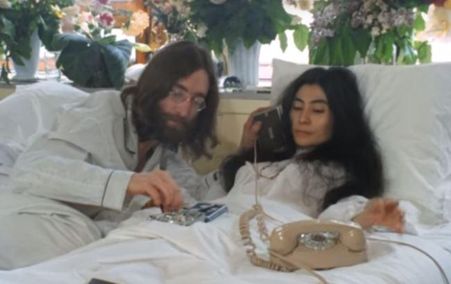 Кадр из видео YouTube/Yoko Ono