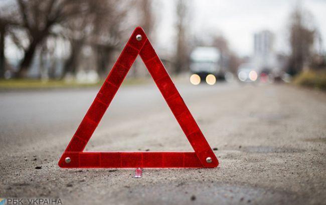 НаКиївщині BMW врізався увантажівку: четверо загиблих