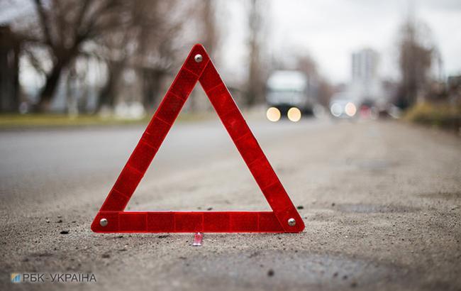 Навъезде встолицу Украинского государства произошло серьезное ДТП с грузовым автомобилем
