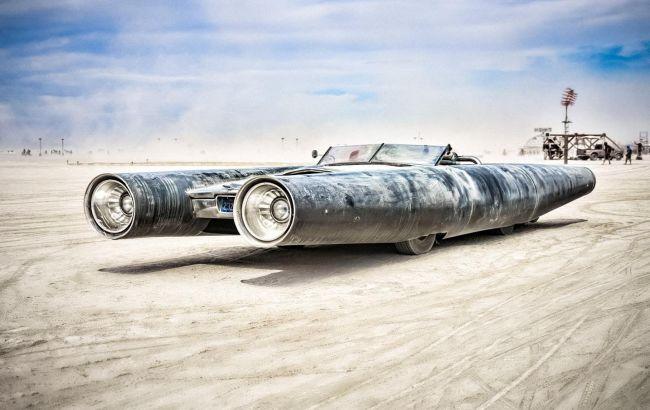 Монструозные автомобили для фестиваля Burning Man выставили на продажу