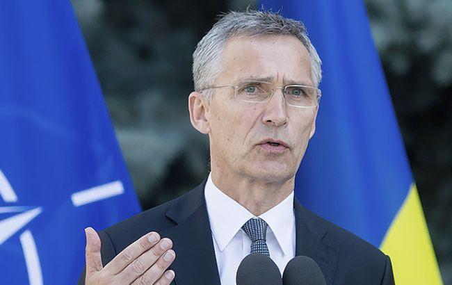 Питання членства України в НАТО буде розглядатися на основі прогресу реформ, - Столтенберг