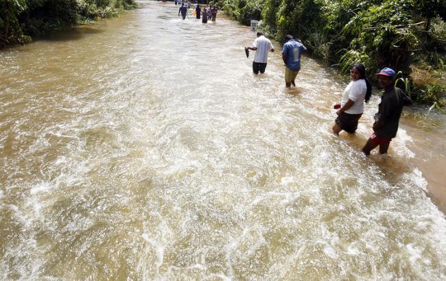 Число жертв повені на Шрі-Ланці перевищило 160