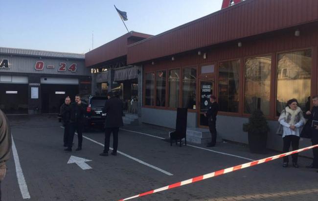 В Луцке на автомойке произошла стрельба, есть погибший и раненые