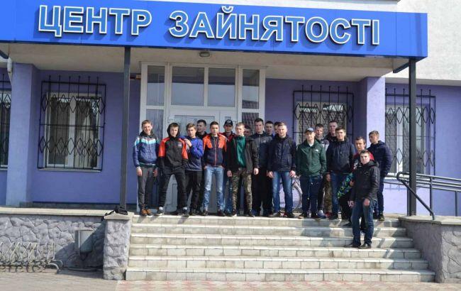Почти полмиллиона на учете: составлен портрет украинского безработного