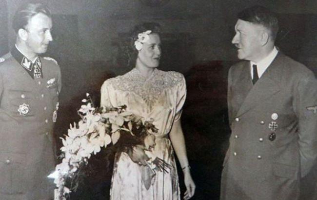 У мережі з явилися фото лідера нацистів Адольфа Гітлера на весіллі b0e79b8e9b81c