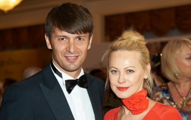 Фото: Ольга Альонова з колишнім чоловіком (Dialog.ua)